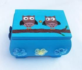 ON SALE Love Owls Box, handpainted, handmade, ooak, trinket box